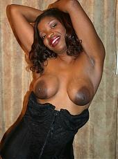 Cock greedy ebony Brandi Coxxx takes wide anal stretching from a big black cock